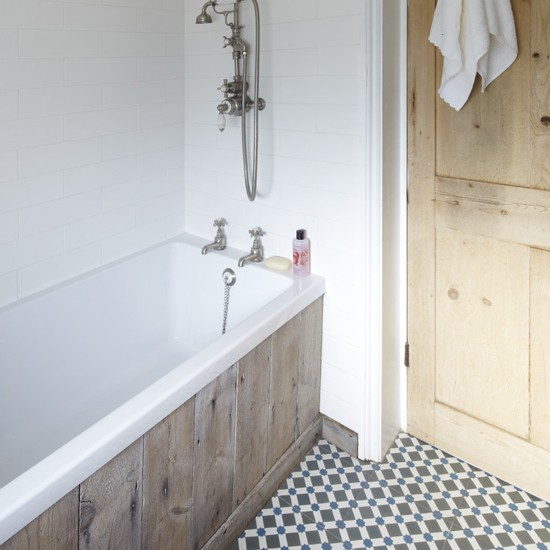 Victorian Style Bathtub: RESTORED, RECLAIMED, RECYCLED