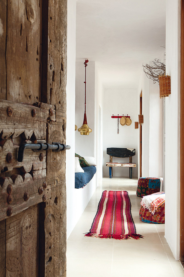 Interiors crush quirky and rustic home in ibiza for Quirky home