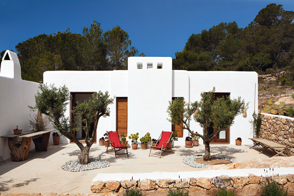 Ibiza-Luis-Galliussi-by-Ricardo-Labougle-11