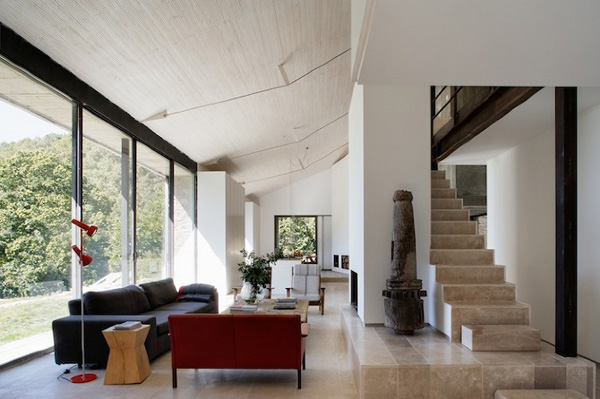 Off-The-Grid-Home-Extremadura-by-Abaton-Architects-07
