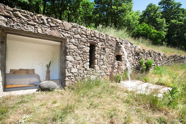 Off-The-Grid-Home-Extremadura-by-Abaton-Architects-16b