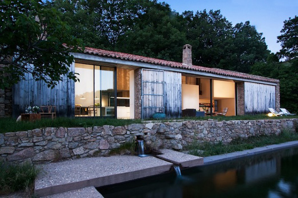 Off-The-Grid-Home-Extremadura-by-Abaton-Architects-24