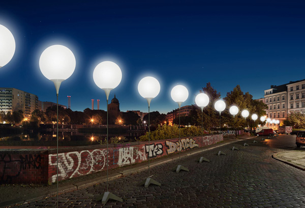 Berlin-Wall-Light-Installation-03