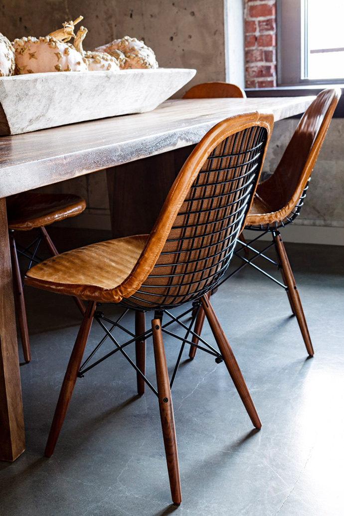 Jessica-Helgerson-Interior-Design-Portland-Loft-Dining-Chairs-by-Lincoln-Barbour-03