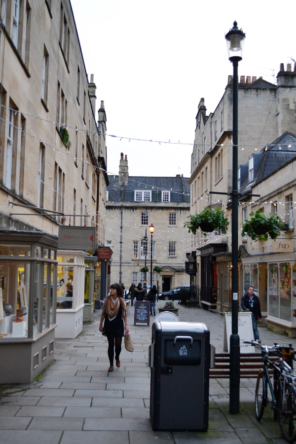christmas, weekend, bath, markets, ski chalet, mulled wine, independent shops, bars, cafes, great chalfield manor, national trust, food festival, carols, great hall, downton abbey, stags heads, style, english, quintessential, way of life, 21st century, instagram