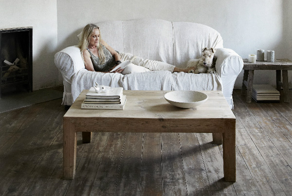 calm, pure, home, cape town, south africa, est magazine, isuu, online magazine, make up artist, Algria Ferreira-Watling, monastery, zen, bare, walls, floors, white washed, interior design, styling, trend, style, decor, muted colour palette, less is more