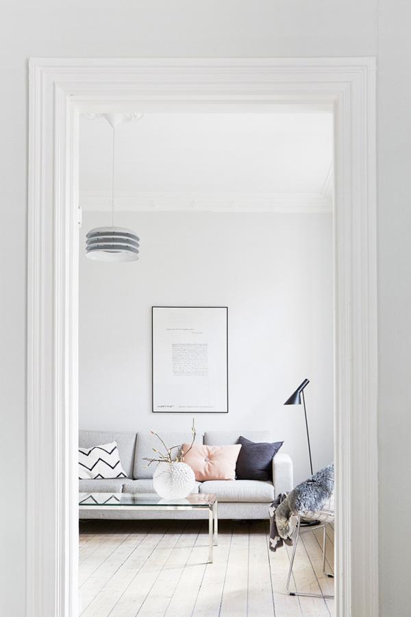 soft tones, swedish home, josefin haag, interior stylist, style, decor, interior, residence magazine, 20kvadrat, blog, instagram, apartment, calm, mesmerizing, atmosphere