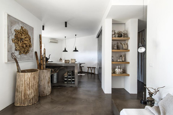 dream holiday homes, puglia, italy, modern rustic, architect ​Luca Zanaroli, dry stone walling, old farm, coast, sea, polished concrete, rust-coloured flooring, white washed walls, intimate, terrace, stunning views, recycled elements, beach finds, style, trend
