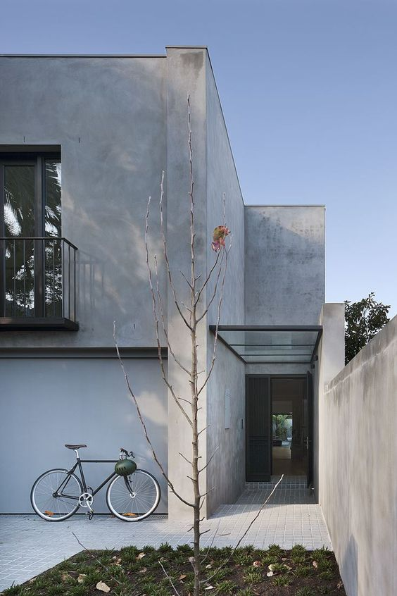 Courtyard house australia stylejuicer for Minimalist house with courtyard