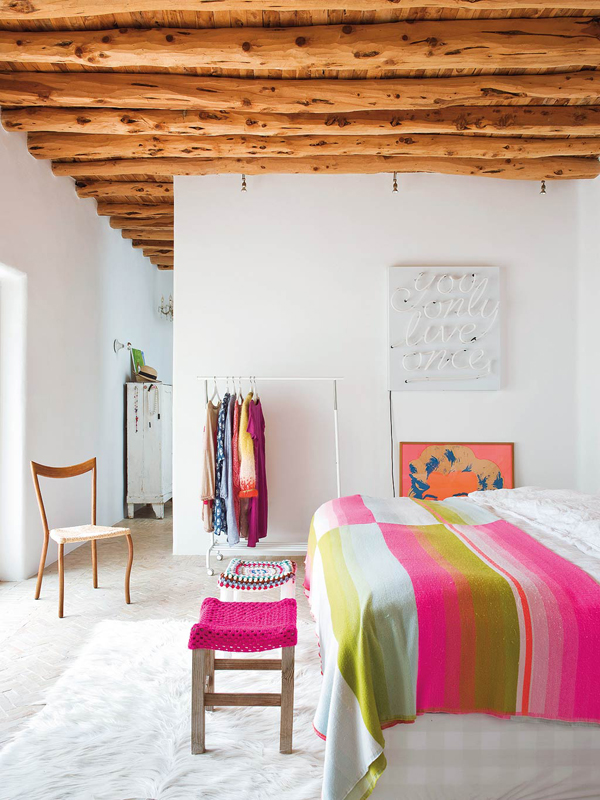 family home in ibiza with pops of colour stylejuicer. Black Bedroom Furniture Sets. Home Design Ideas