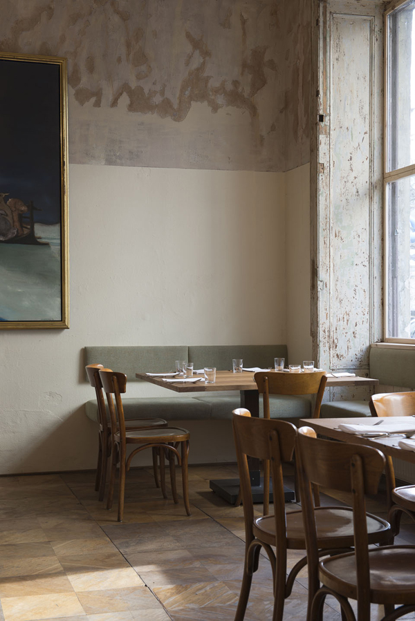 dottir, nordic restaurant, berlin, mitte, hip, deconstructed, renovation, original details, vintage, antique, lighting, bar stools, Victoria Eliasdóttir, interior design, interiors, decor, style, juxtaposition, old, new, drab, glamour, abstract paintings