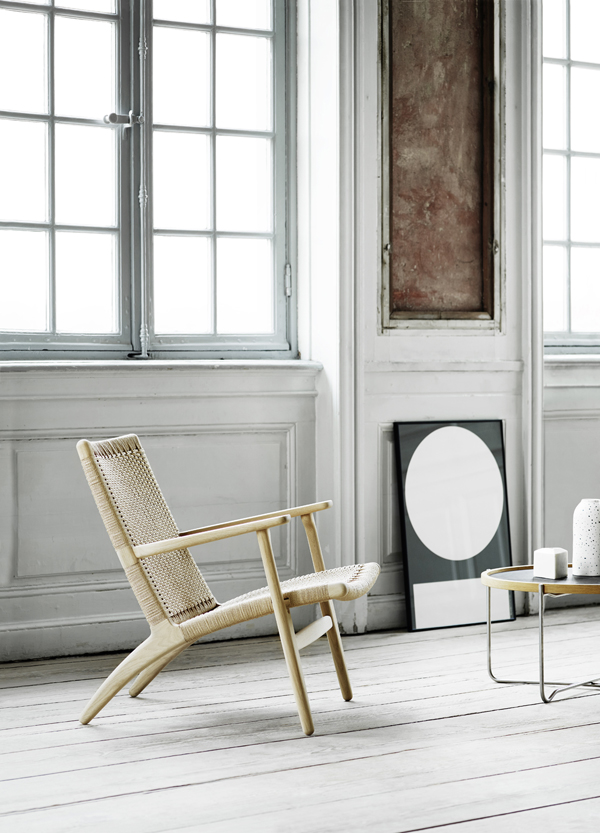 carl hansen and son, master cabinet maker, furniture, denmark, danish, design icons, high standard, craftsmanship, natural materials, sustainable, durable, everyday use, hans j wegner, chair, CH23, wishbone chair, style, danish modern, bauhaus, minimalism, simple, elegant, steam-bending, trend, relaunch