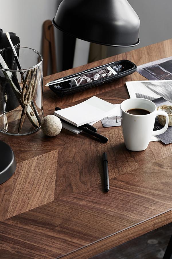 ikea inspo, herringbone, worktop, table, industrial, style, stylish, luxurious, walnut, wood, polished, trestle, vintage, lamp, pella hedeby, kristofer johnsson, decor, interiors, trend