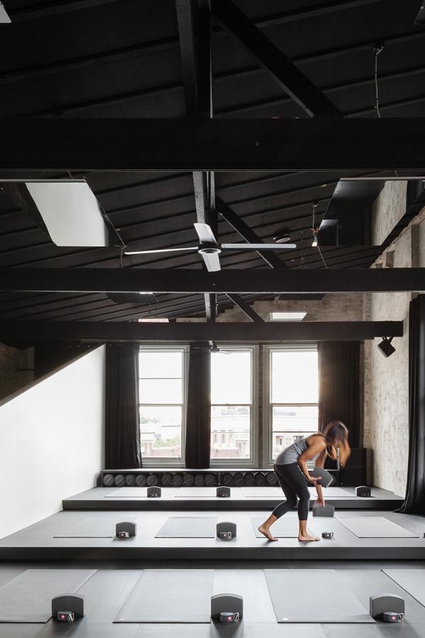 interiors crush, yoga studio, converted warehouse, architecture, karen abernethy, relax, mind, body, soul, meditation, energised, Humming Puppy Yoga Studio, sydney, exposed ceilings, brick walls, intimate, water fountain, simple, elegant, functional, decor