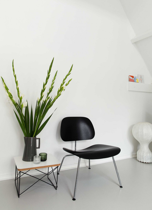soft minimalism, colour pops, decor, soft furnishings, plant, plant family, designer furniture, white washed, apartment, interiors, home, spring, eames, herman miller