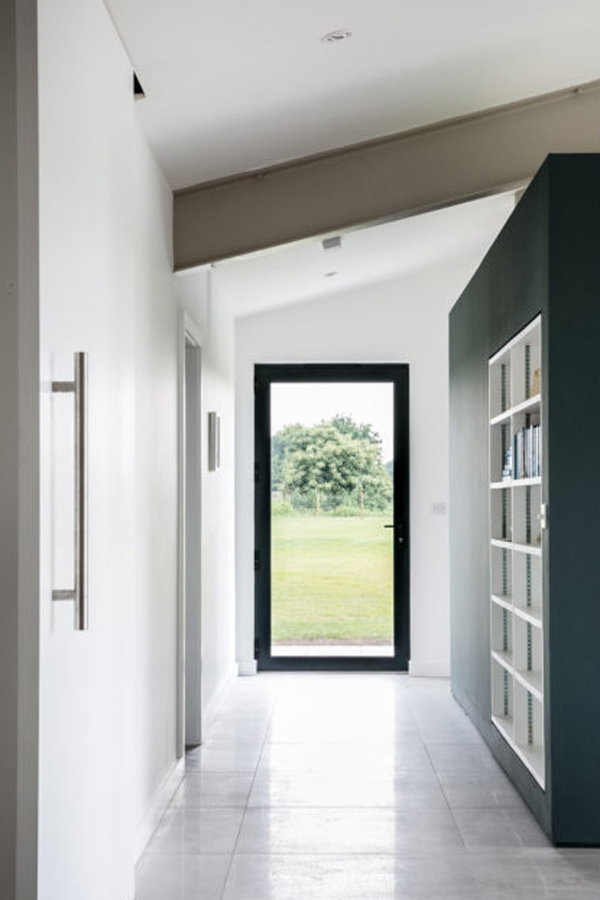 butterfly barn, andrew hughes architects, the modern house, exceptional living spaces, essex, rural, countryside, geometric roof lines, triangular, open plan, exposed steels, trend, modern, contemporary, style