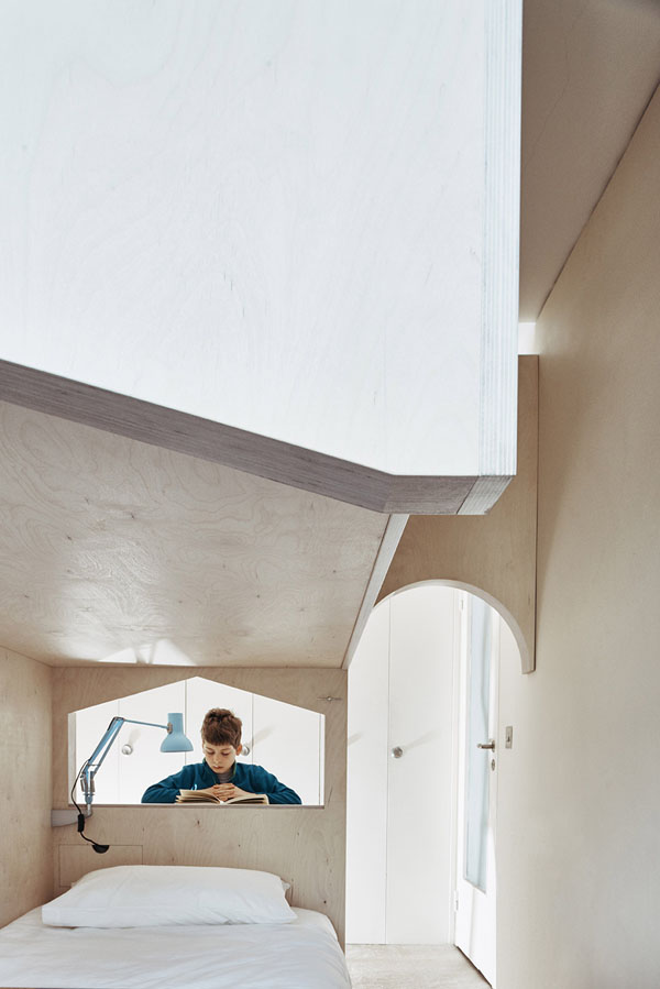 A Room For Two Plywood Structure By Ben Allen Studio