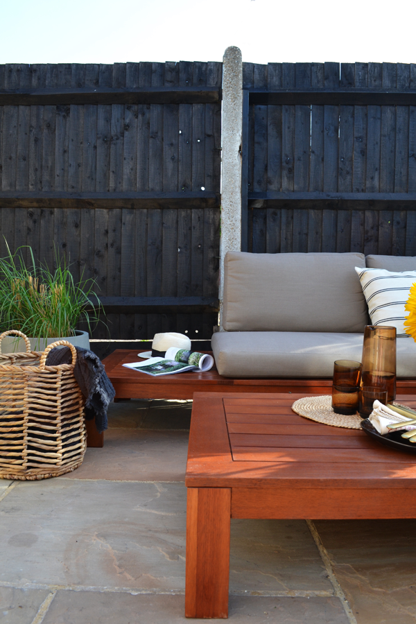STYLISH OUTDOOR LOUNGE SET BY OUT AND OUT ORIGINAL - STYLEJUICER